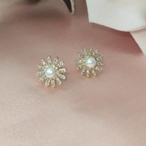 Aretes Topos sol con perla blanca