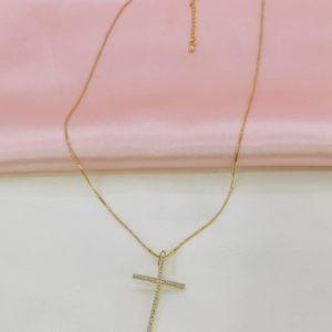 Collar con dije de cruz mediana con cristales (Medida del dije 4 x 2 cm)